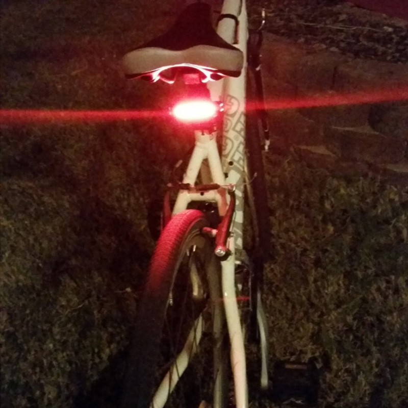Bicycle light with red or white color